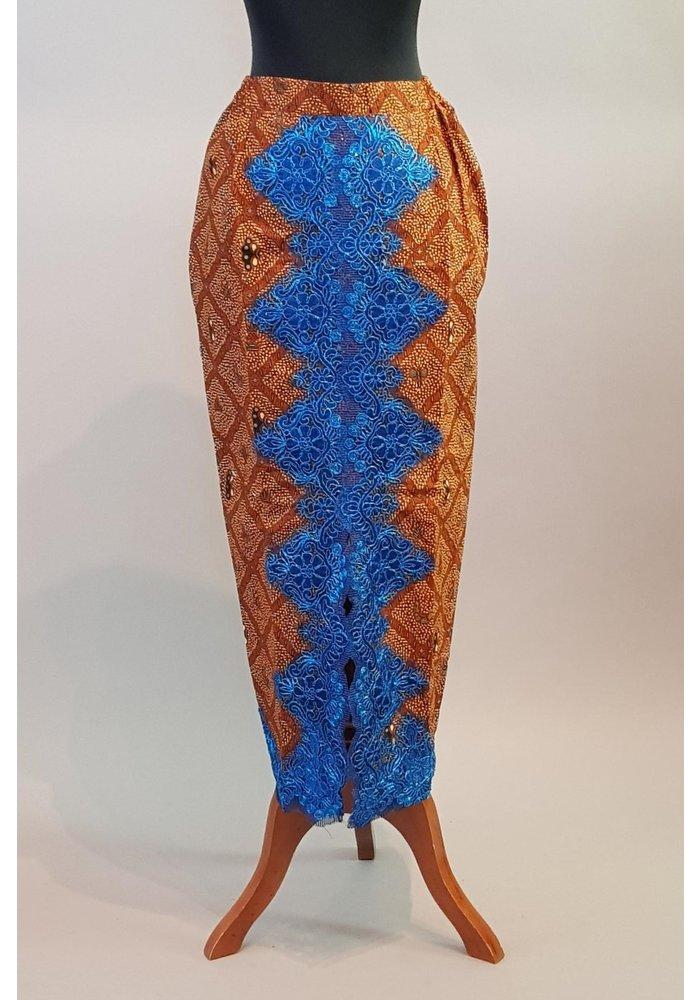Kebaya koningsblauw korte mouw met bijpassende sarong