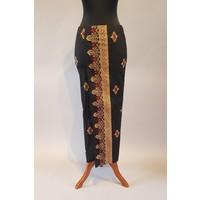 Kebaya elegant magenta met bijpassende sarong