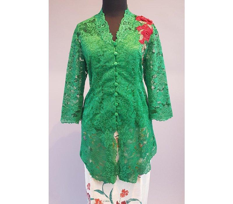Kebaya klassiek groen geborduurd met bijpassende sarong