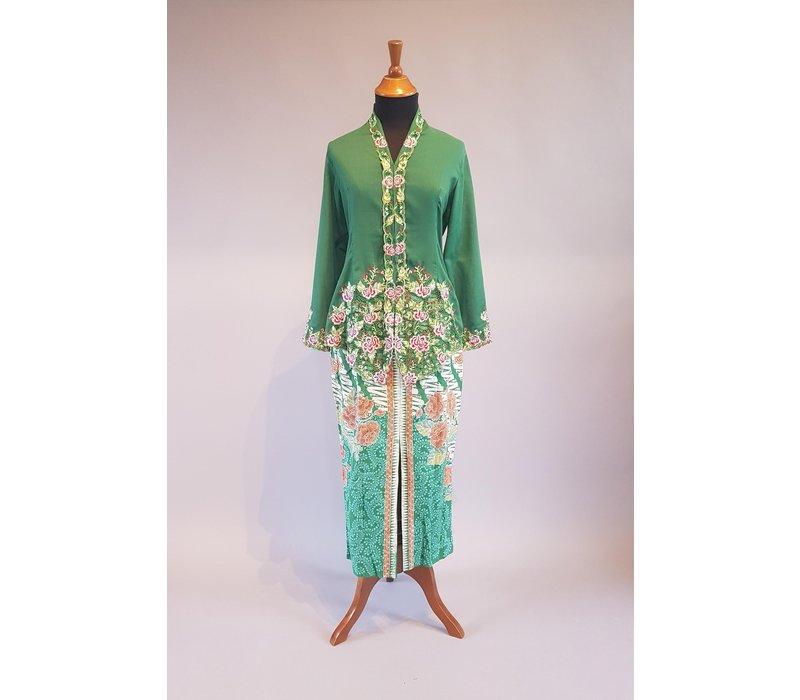 Kebaya nyonya dennen groen met bijpassende sarong