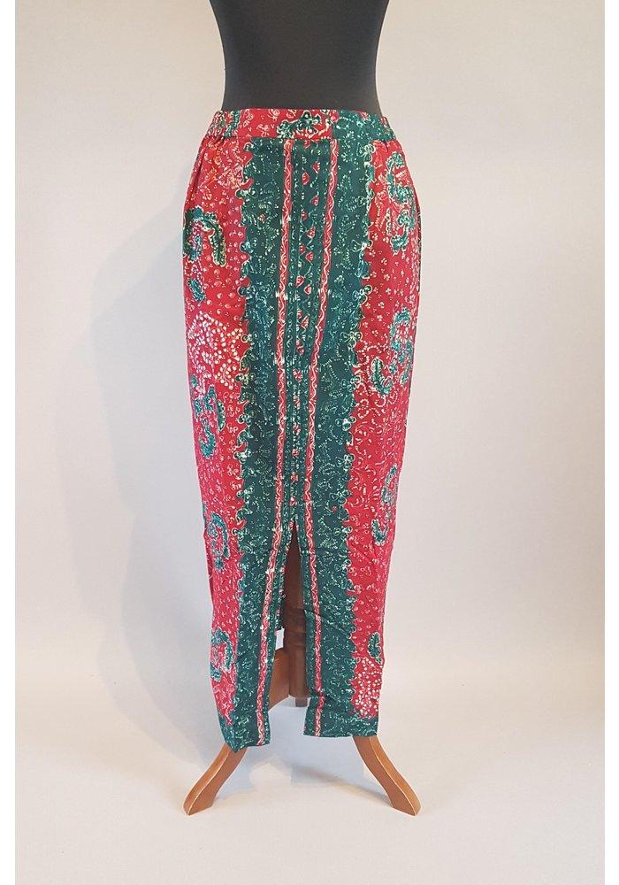 Kebaya smaragdgroen met bijpassende sarong