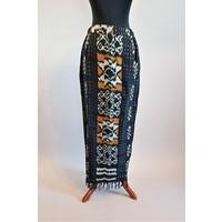 Kebaya etnisch zwart met bijpassende sarong