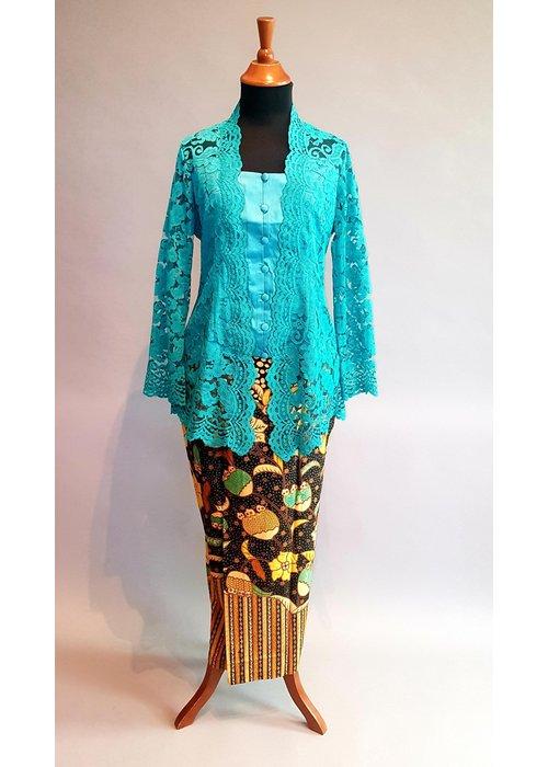 Kebaya klassiek turquoise blauw met bijpassende sarong