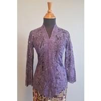 Kebaya glamour paars met bijpassende sarong
