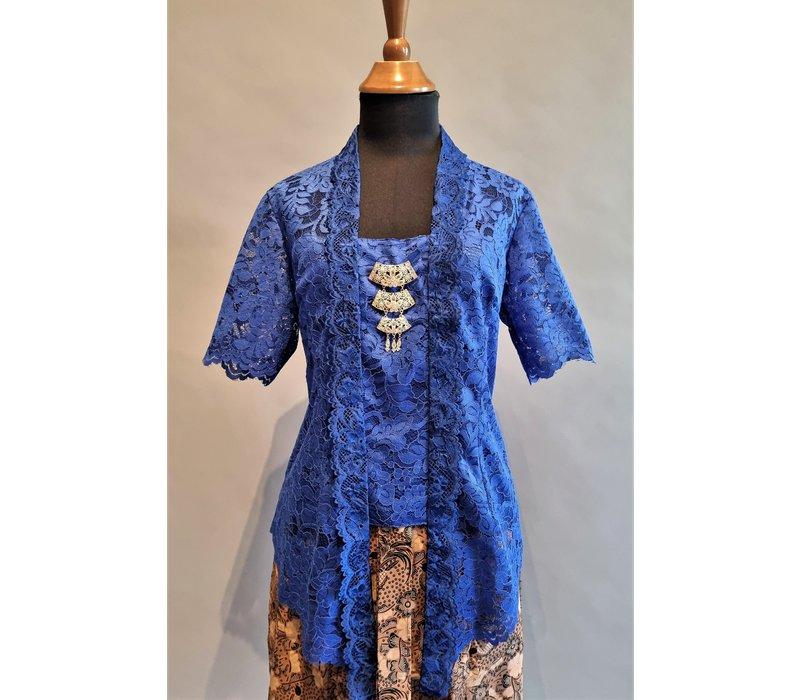 Kebaya elektrisch blauw korte mouw met bijpassende korte rok