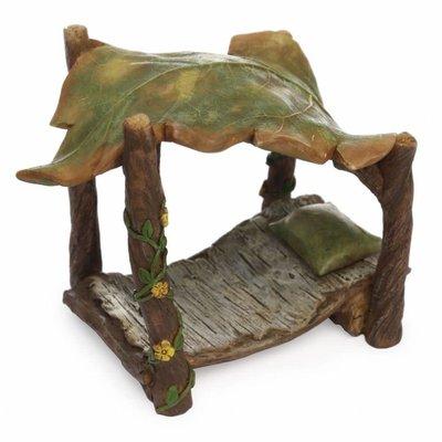 Woodland Knoll Woodland Knoll - Resin Leaf Bed