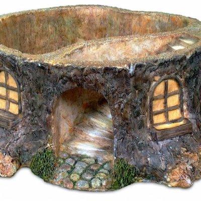 Woodland Knoll Woodland Knoll - Resin Stump House Planter