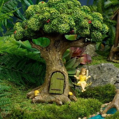 Woodland Knoll Woodland Knoll - Resin Tree with Swinging Fairy