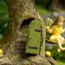 Woodland Knoll Woodland Knoll - Resin Tree with Swinging Fairy