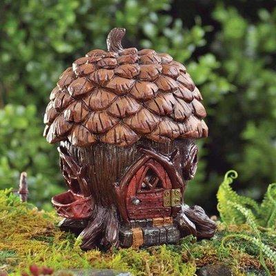 Fiddlehead Fiddlehead - Pine Cone Cottage