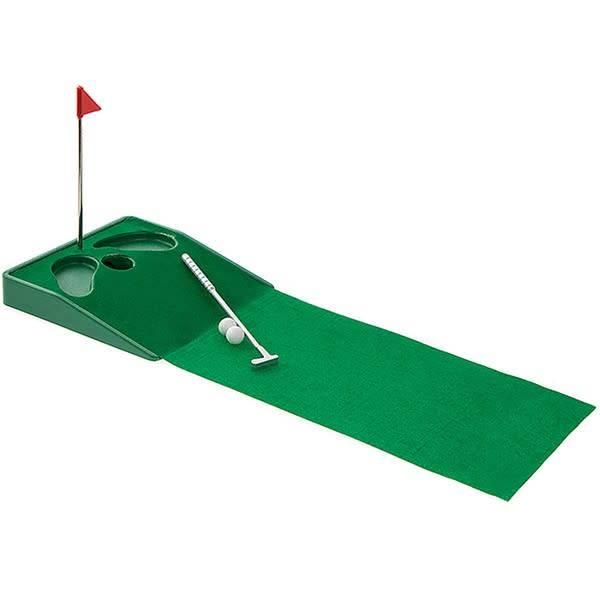 Lesser & Pavey Desktop Golf Game