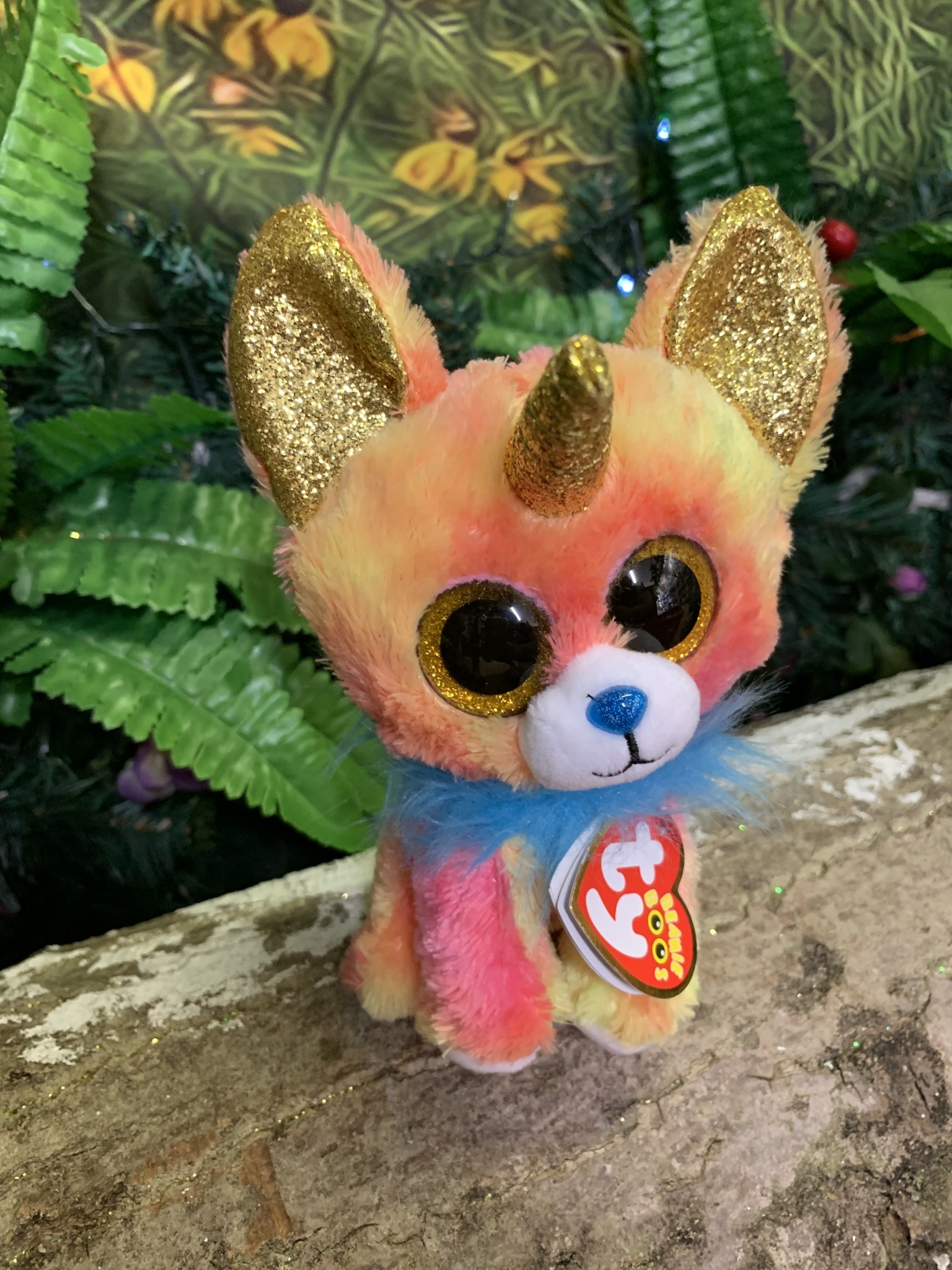 Ty Beanie Boo - Yips the Chihuahua with Horn