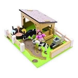 Budkins Yellow Barn with Cows