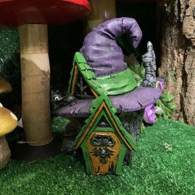 Fiddlehead Fiddlehead - Witch Hat House
