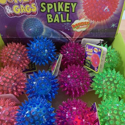 Jokes & Gags Flashing Light Up Spikey Ball