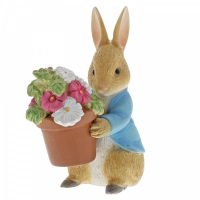 Beatrix Potter Peter Rabbit Brings Flowers Mini Figurine