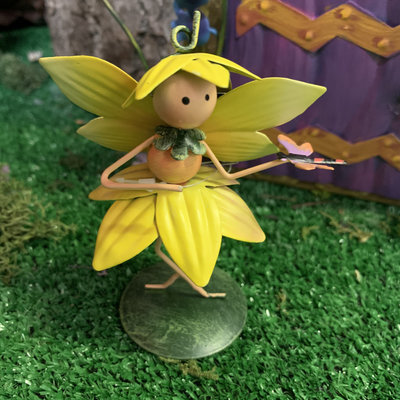 World of Make Believe Flower Kingdom - Dinkie the Daffodil Fairy (Mini)