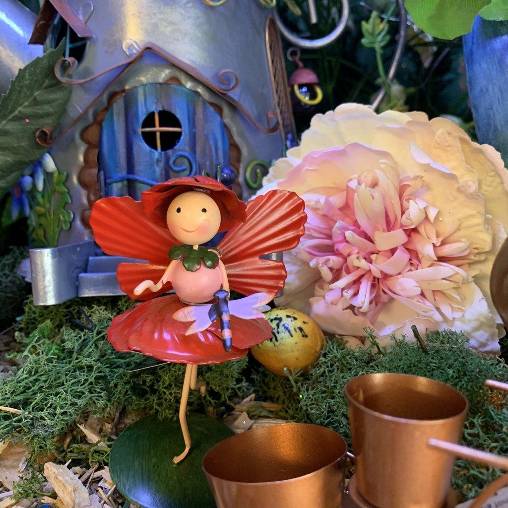 World of Make Believe Flower Kingdom - Poppy the Flower Fairy (Mini)