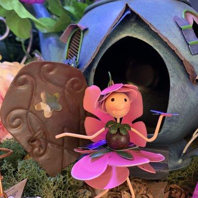 World of Make Believe Flower Kingdom - Rosie the Rose Flower Fairy (Mini)
