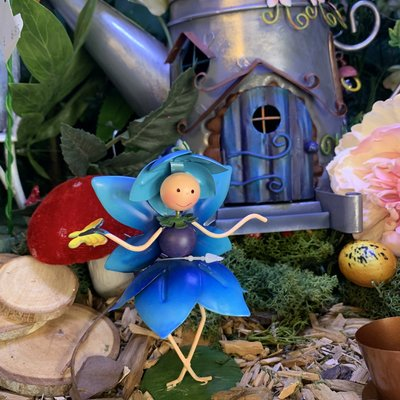 World of Make Believe Fairy Kingdom - Phoebe the Forget-Me-Not Fairy (Mini)