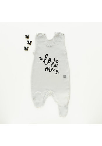 Boxpakje/sleepsuit 'Love made me'