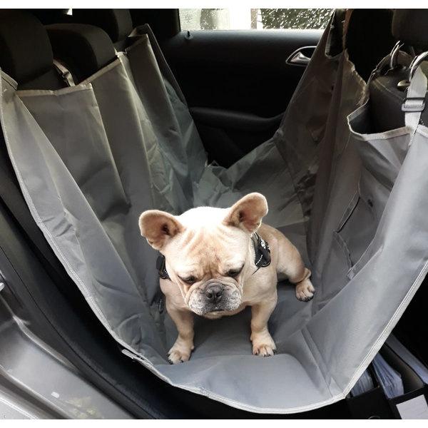 Beschermhoes achterbank auto hond achterbankbescherming hond in auto beschermhoes haren hond vuil klauwen krassen