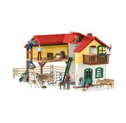 Schleich Speelset Boerderij met Stal en Dieren 42407