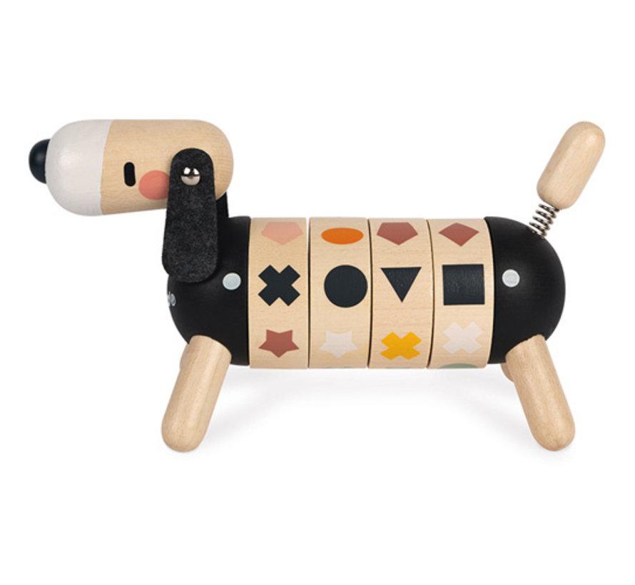 Hond in Sweet Cocoon Vormen en Kleuren Hout