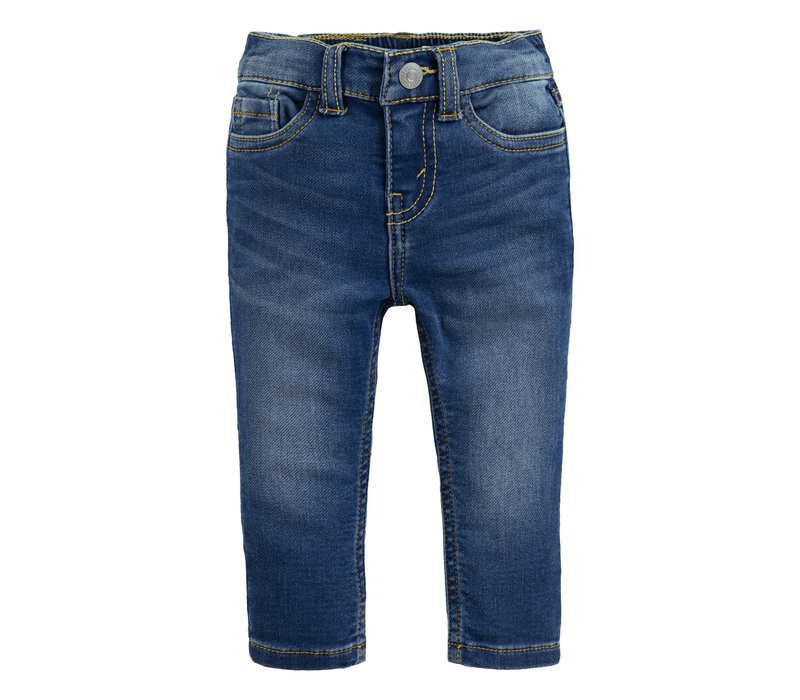 Levis Skinny jeans Airlie beach baby