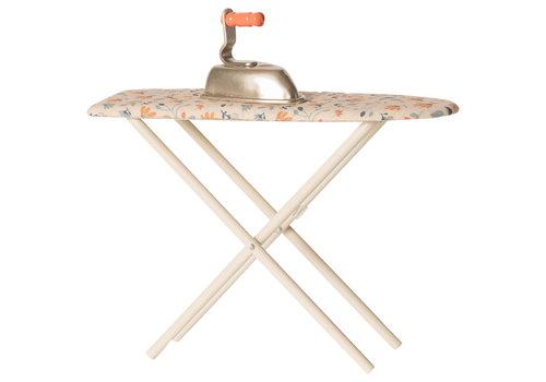 Maileg Maileg Iron and ironing board