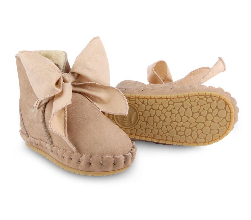 Donsje_Baby Slof_Pina Organza Lining_Truffle Nubuck + Cedar Cotton