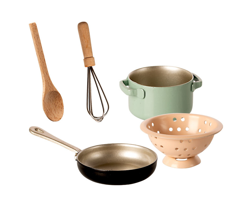 Maileg House of miniature Cooking set