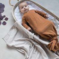 Phil&Phae Knotted baby gown hazel