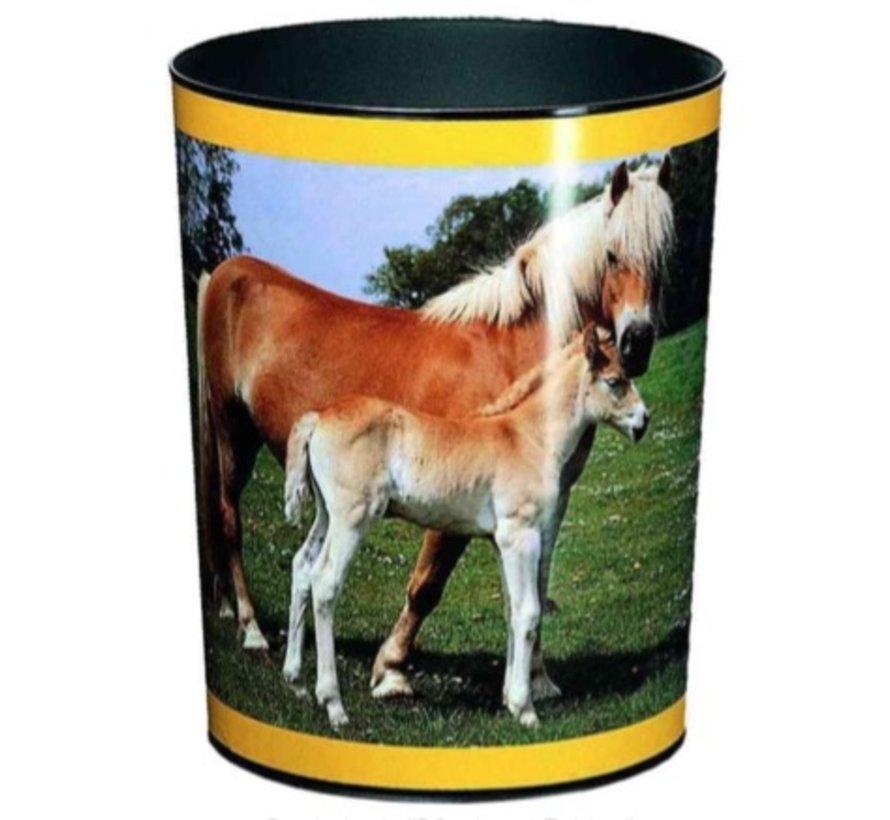 Prullenmand - paard met veulen