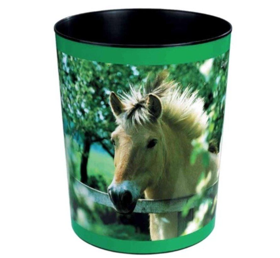 Prullenmand - paard achter hek