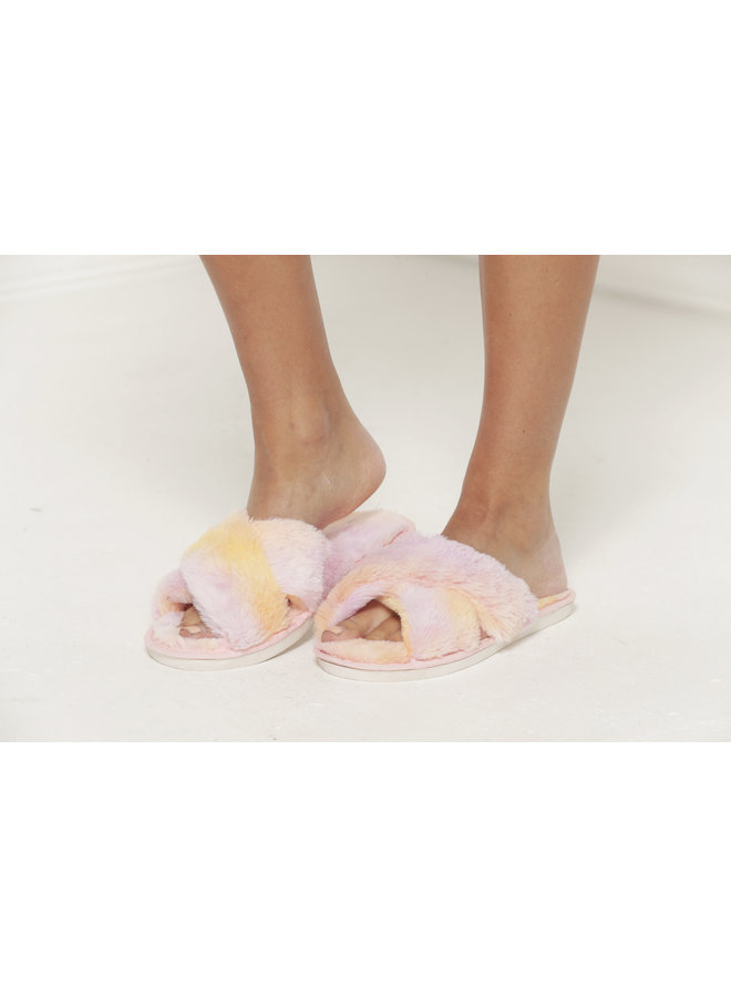 Fur Slides - Pink #M18