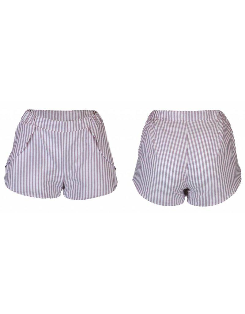 format ARON shorts, stripes
