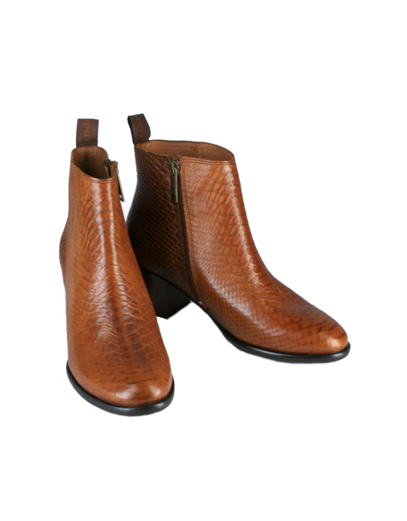 Ten Points Jonna boots with snake embossing