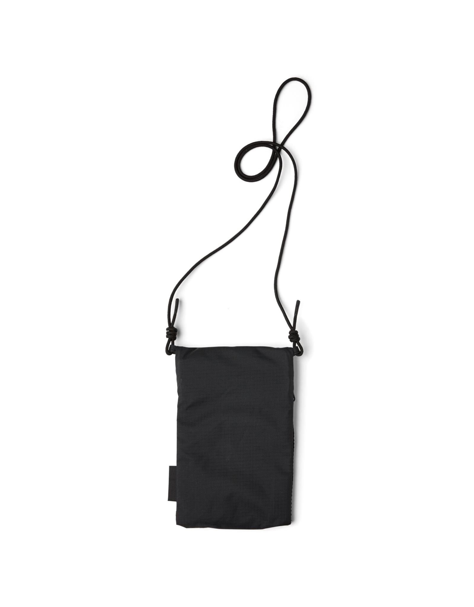 pinqponq FLAK small neck pouch