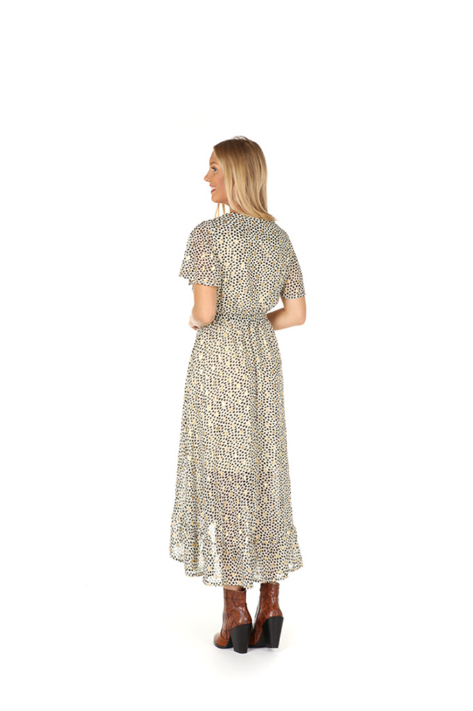 300ROB0036 Een maxi cache-coeur jurk met spots  GebrokenWit