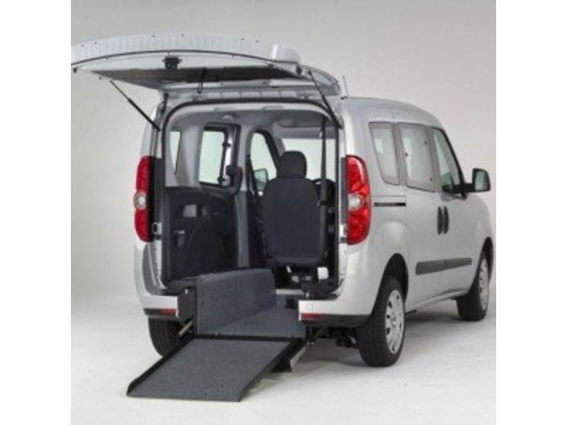 Opel Combo - Rolstoelauto