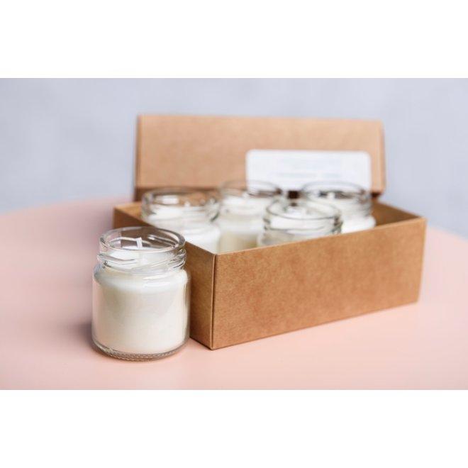gerhilde maakt- setje van vijf sojawas kaarsjes - versgewassen lakens wit
