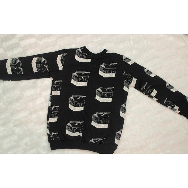 STAY CUTE sweater Milk black