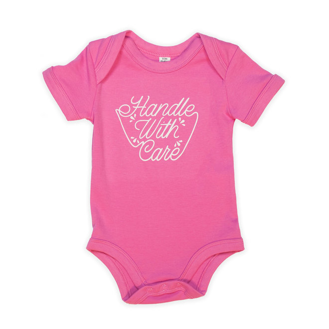 Roze baby bodysuit short sleeves - handle with care