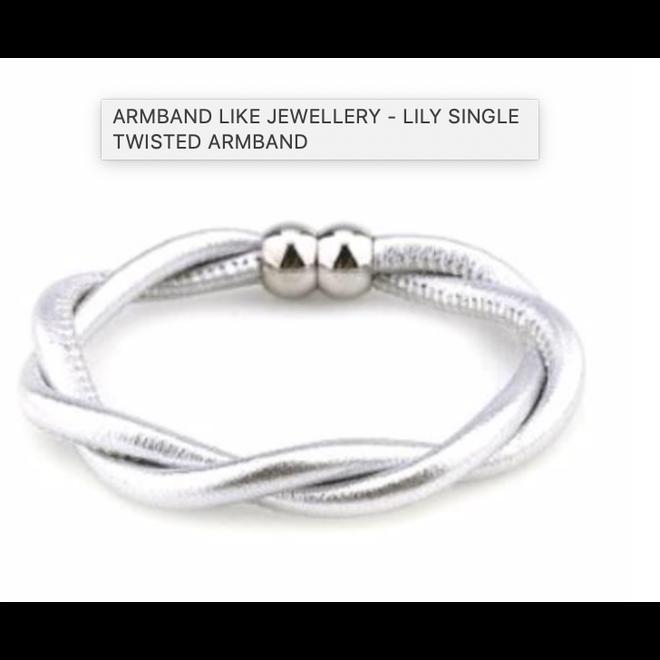 A/2104-LC/SilverM LILY SINGLE TWISTED ARMBAND LIKE