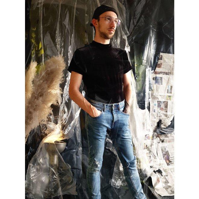 Dex unisex t-shirt in black velour