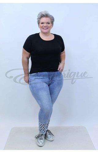 Monday Premium JK Fashion by Monday 3/4 Jeans
