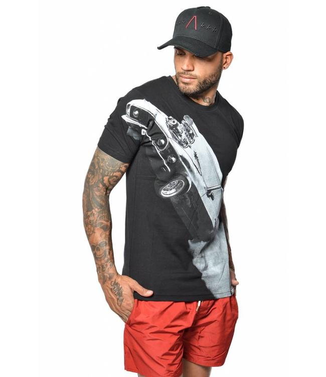 CONFLICT CONFLICT MUSTANG T-SHIRT - BLACK