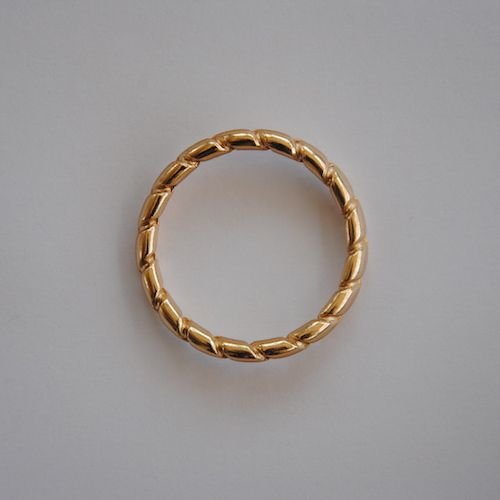 Classic Linten Beige met Gouden Ringen