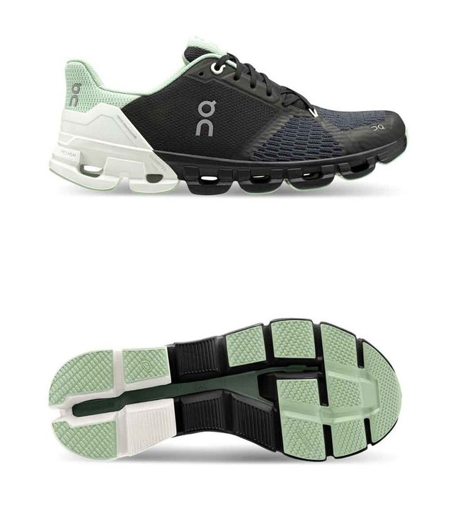 ON Running Cloud Flyer W Wide (extra breed) black | White